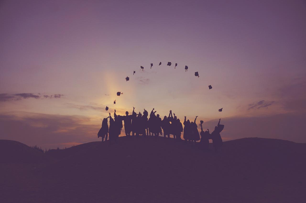 20年代办经验,协助近万学生顺利留学